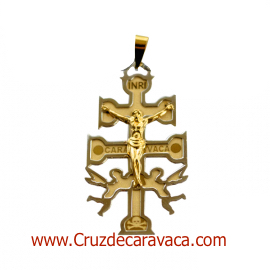 CRUZ DE CARAVACA A RELIEVE DE ORO AMARILLO Y BLANCO CON ANGELES Y CRISTO MEDIANA