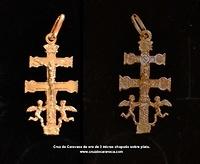 CROCE CARAVACA SU PIASTRA SILVER GOLD