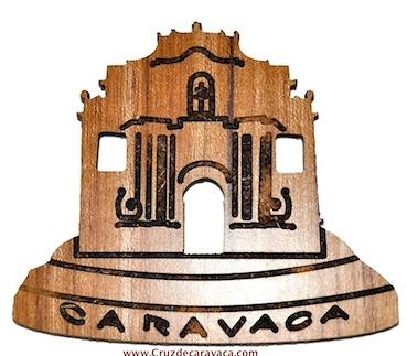 BASILICA DE LA CRUZ DE CARAVACA CON IMAN AL REVERSO