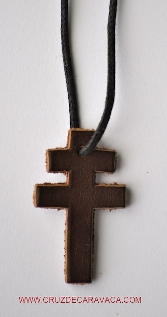 CROSS DE CARAVACA LEATHER TO HANG