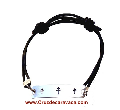 CROSS ENGRAVED CARAVACA LEATHER AND STEEL ADJUSTABLE BRACELET WITH