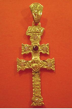 CROSS OF CARAVACA MAKE IN GOLD 3143