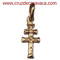 CRUZ DE CARAVACA DE ORO A RELIEVE