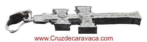 CRUZ DE CARAVACA DE PLATA GRANDE A DOS CARAS CON RELIEVE