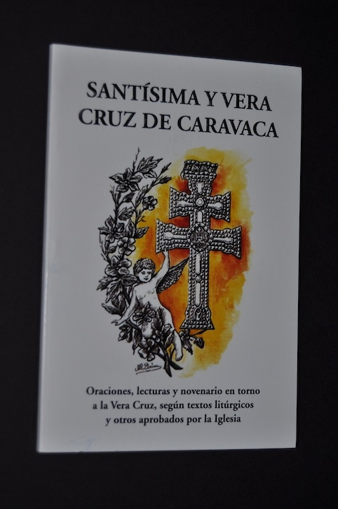 LIBRO DI PREGHIERE CROCE DI CARAVACA