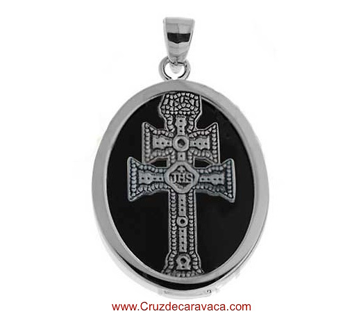 MEDAL CARAVACA CROSS MADE IN ONIX AND SILVER
