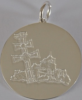 MEDAL MEDAL CROSS OF CARAVACA AND ITS BASILICA CASTLE RECORDED TO RELIEF
