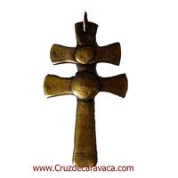 CRUZ DE CARAVACA DE HIERRO FORJADO