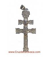 CRUZ DE CARAVACA DE PLATA DE LEY CON CIRCONITAS