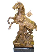 HORSE OF WINE OF CARAVACA CROSS IN SCULPTURE