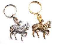 KEYCHAIN HORSE OF WINE 01