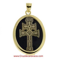 MEDAL CARAVACA CROSS MADE IN ONIX  AND SILVER GOLD PLATED
