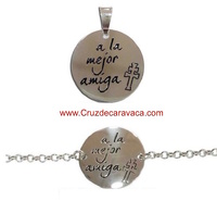 "PENDANT OR BRACELET CROSS OF CARAVACA WITH THE LEGEND ""A LA MEJOR AMIGA"""